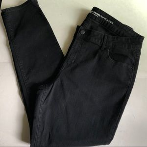 EUC! BLACK SUPER SKINNY OLD NAVY JEANS women's 14